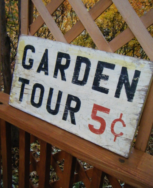 DIY garden tour sign