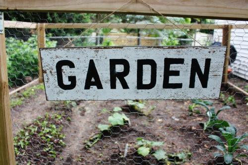 DIY garden sign