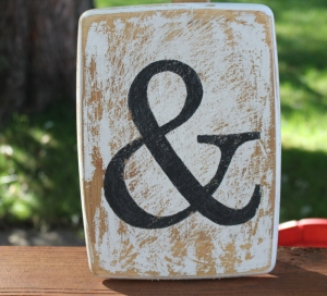 Distressed ampersand